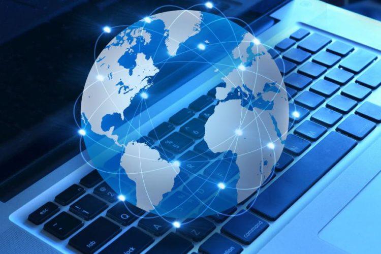 هشدارهای مصرانۀ روحانیون محافظهکار: اگر فضای مجازی رها شود، مجدداً مشکلآفرین خواهد بود