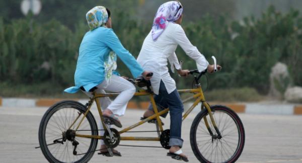 دادستان اصفهان دوچرخهسواری زنان را «فعل حرام» و قابل پیگرد اعلام کرد
