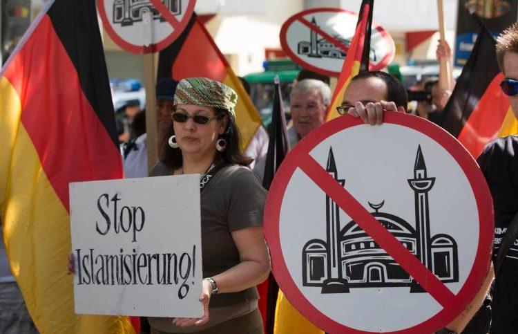 بر اساس یک تحقیق نیمی از آلمانیها اسلام را تهدید میدانند