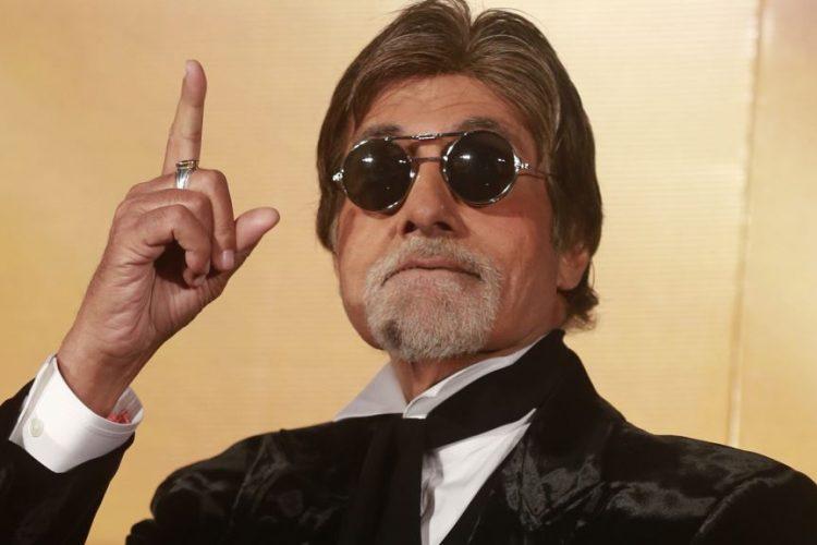 آمیتاب باچان ستاره بزرگ بالیوود، عالیترین نشان سینمای هند را دریافت میکند!