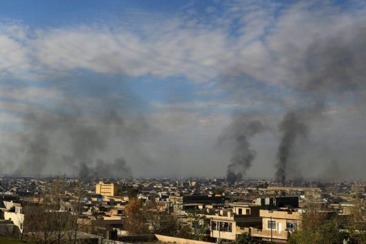 عملیات ائتلاف به رهبری آمریکا ادامه دارد؛ روحانی و سلیمانی از پایان داعش خبر دادند.