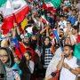 محدودیت ورود زنان ایرانی به ورزشگاه؛ فیفا میگوید 'زمان تغییر' رسیده