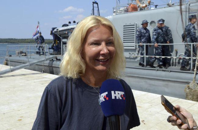 زن بریتانیایی که از کشتی تفریحی به داخل آب افتاده بود پس از ۱۰ ساعت نجات یافت