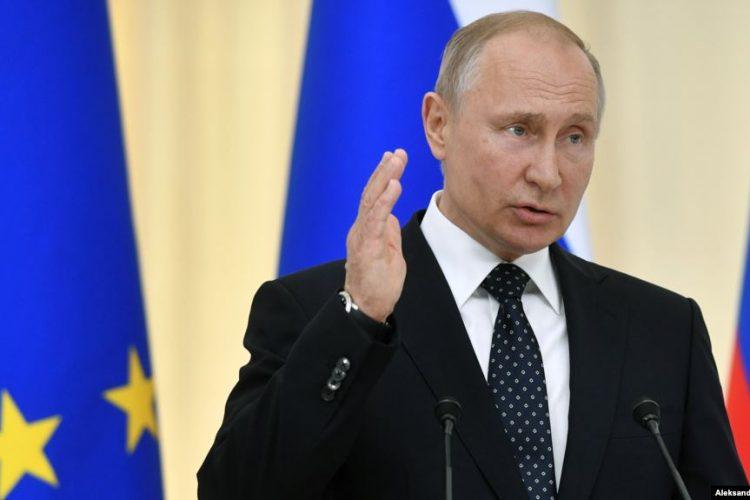 ولادیمیر پوتین: خروج از برجام سودی برای ایران نخواهد داشت