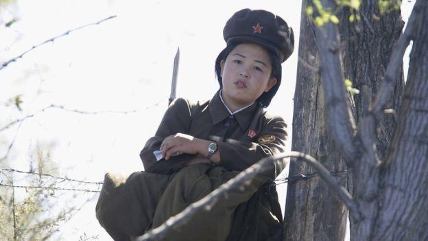 دشواریهای زن بودن در ارتش کره شمالی
